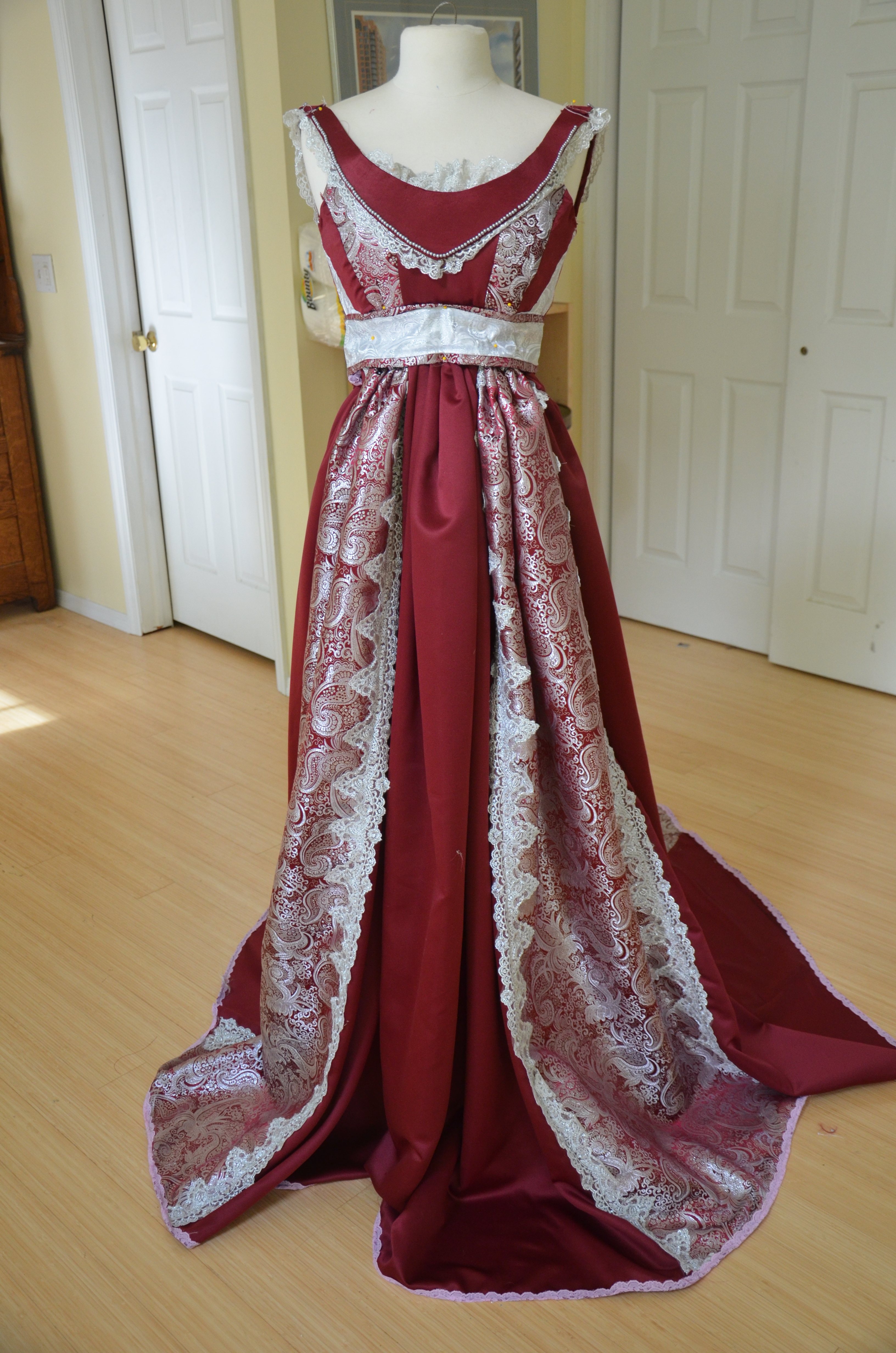 The making of a Red and Silver Renaissance Gown - Angela Clayton&-39-s ...