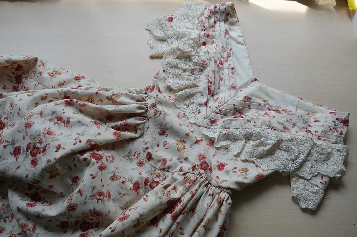 1840s Floral Red Dress – Angela Clayton's Costumery & Creations