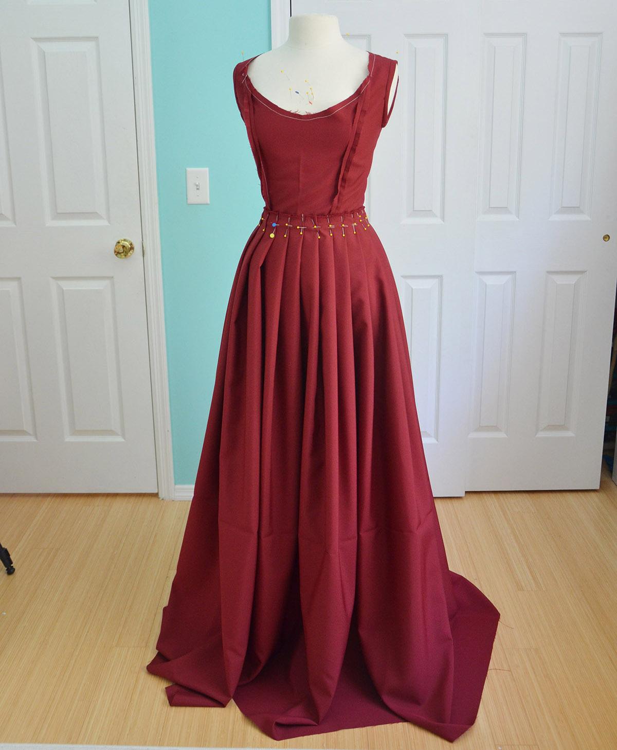 6f4cacea0 Heinrich Mücke Inspired Dress