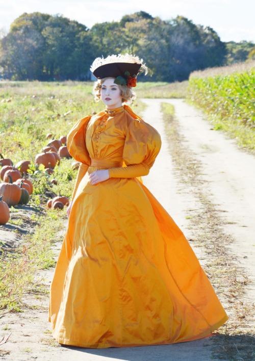 1890-orange-9731
