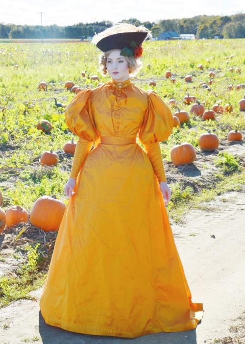 1890-orange-9767