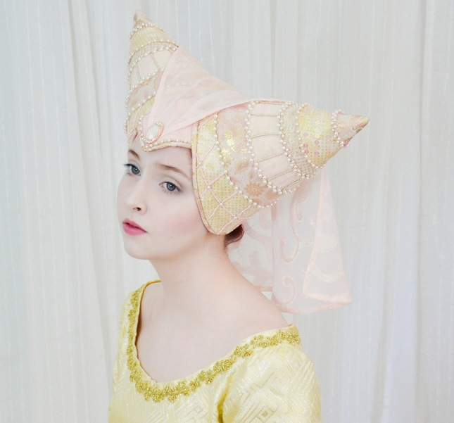 horned-headpiece-anglea-clayton-2