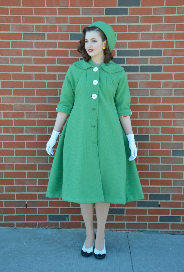 green coat (3 of 10)RESIZE