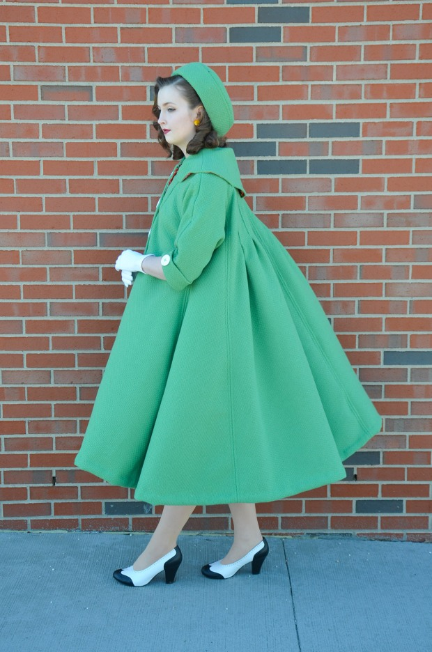 green coat (4 of 10) RESIZE