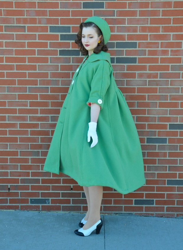 green coat (6 of 10) RESIZE